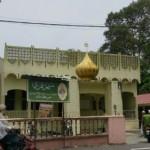 Masjid Umari di Kg Telaga Bata, dekat Kota Bharu, Kelantan