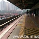 Pengalaman naik LRT di Kuala Lumpur